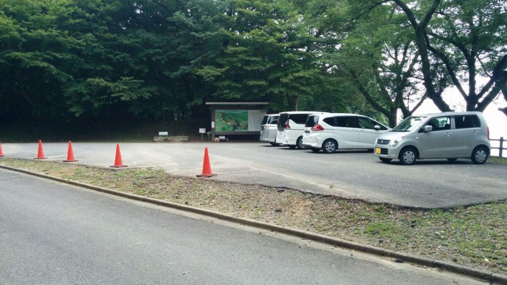 七尾城本丸北駐車場